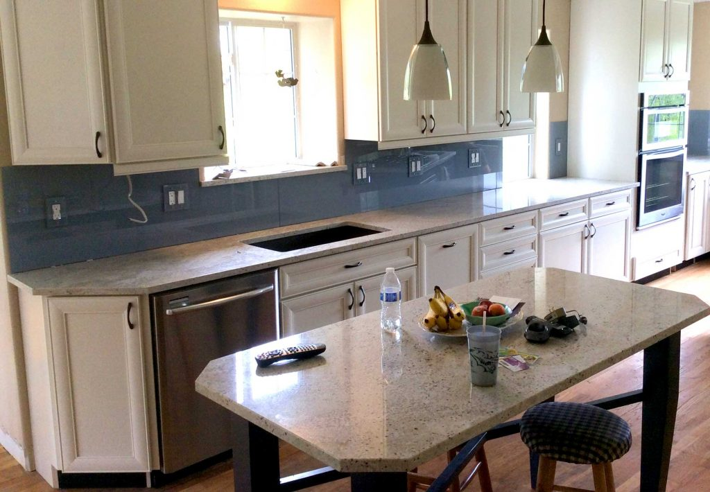 colored glass kitchen backsplash - Glass Kitchen